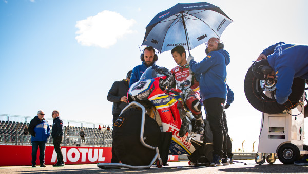 Moriwaki_Althea_Honda_Team_ARA_Sunday_Grid_17