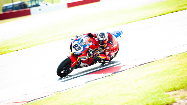 Moriwaki_Althea_Honda_Team_Donington_200