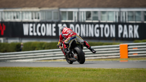 Moriwaki_Althea_Honda_Team_Donington_300