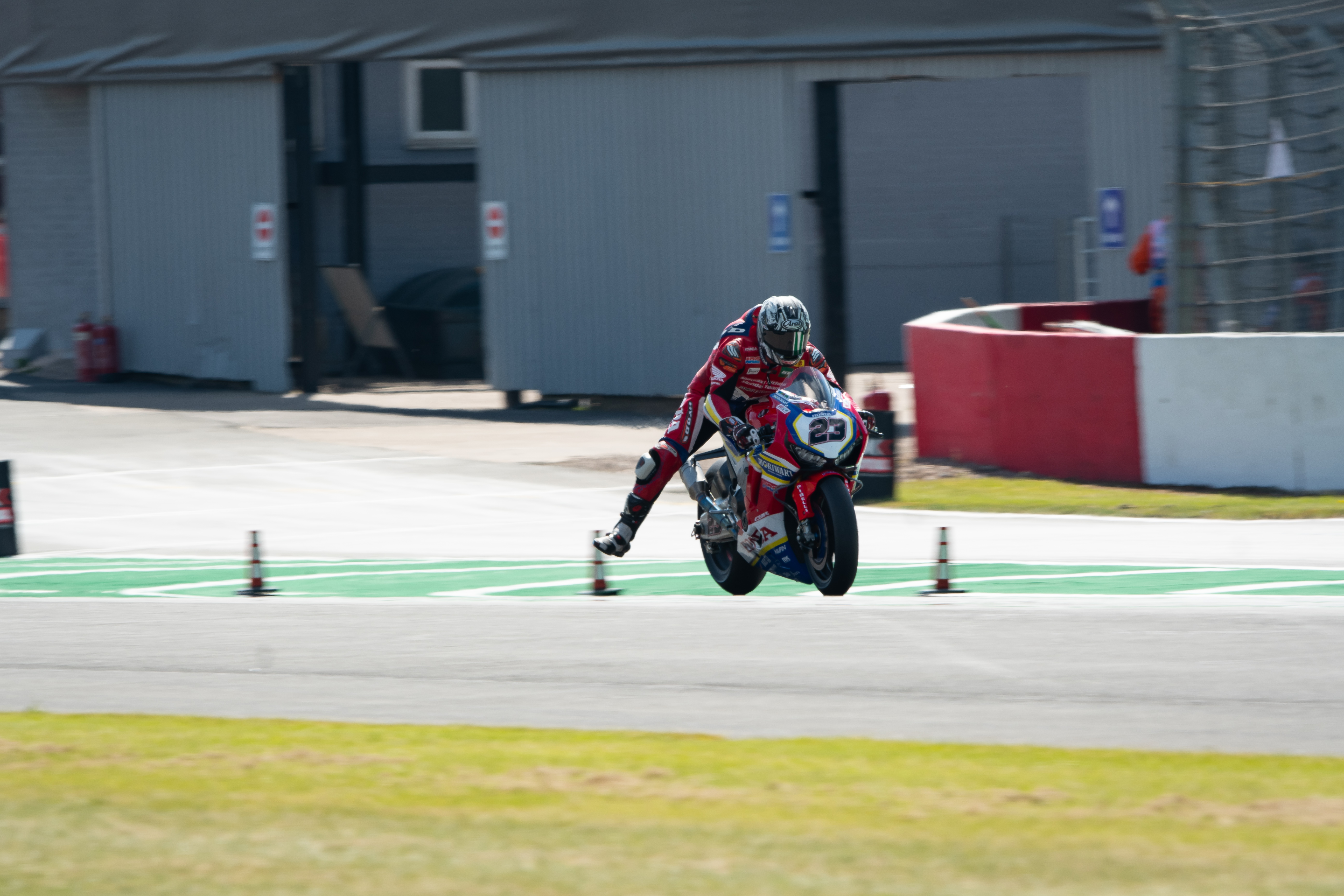 Moriwaki_Althea_Honda_Team_Donington_77